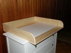 rund ums baby erhalten pl tzlich auch allerlei gegenst nde. Black Bedroom Furniture Sets. Home Design Ideas