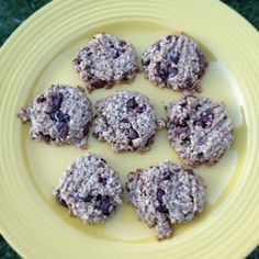 Healthy Banana oatmeal Chocolate Chip Cookies #HealthyCookie #HealthySnack #SkinnyCookie The Hungry Mama...