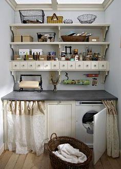 Shabby chic on friday: pretty laundry room