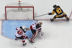 Sidney Crosby and Penguins Try to Peak at the Right Time
