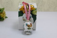 Gift Wrapping, Gifts, Handmade Gifts, Egg As Food, Paper Wrapping, Presents, Wrapping Gifts, Gifs, Gift Packaging