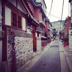 withsilver / 토요일 오후, #북촌 #seoul #iphone5 / 서울 종로 계 / #골목 #길 / 2013 09 28 /