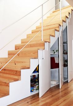 Image 21 of 49 from gallery of Fisherman's House / Ines Brandão Arquitectura. Photograph by Ines Brandao Exterior Design, Interior And Exterior, Architectural Engineering, Muebles Living, Stair Storage, House Stairs, Storage Design, Under Stairs, Living Area