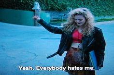 New Fashion Grunge Drew Barrymore Ideas Fashion 90s, Grunge Fashion, Trendy Fashion, Fashion Sewing, Fashion Ideas, 90s Grunge, Pale Grunge, Poison Ivy Movie, Drew Barrymore 90s