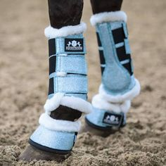 Horse Riding Clothes, Riding Gear, English Horse Tack, Equestrian Style, Equestrian Fashion, Winter Horse, Horse Care Tips, Horse Boots, Horse Fashion