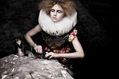 #moodboard #inspiration #baroque #woman #dark #soft #skin #black #flowers #collar #hautecouture #latribudescreateurs