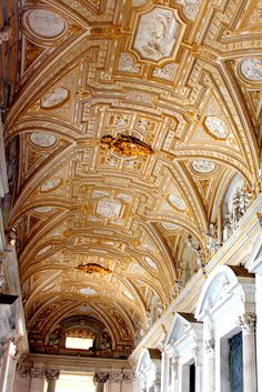 Ceiling of the Vatican, Rome www.travellinghistory.com