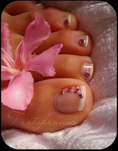 acylic toe nails | bit developed design if you can do good acrylic nails at home use ...