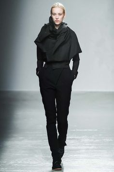 Aganovich Fall 2015 Ready-to-Wear Collection - Vogue