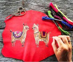 Llama pintada e bordada por @bordados_monreve ! Encantada com tanta beleza!!! #madehand #bordado #fabianecalvo #pinkdecor #fabiinspira #eventplanner #assessoriadeeventos #riodejaneiro #party #inspiracao #tendencias #tendencias2017 #peru #repost #Repost @bordados_monreve with @repostapp ・・・ MR❥ Nature is a divine Art❥ The making of...Hand painted and embroidered #eventprofsuk #eventprofs #meetingplanner #meetingplanner #meetingprofs #inspiration #popular #trending #eventplanning #eventdesign…