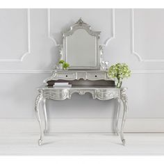 Sylvia Silver Grande Dressing Table