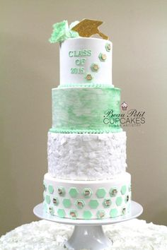Class of 2015 - Cake by Beau Petit Cupcakes (Candace Chand)