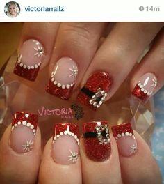 Christmas nail art by Victoria Nailz Black And White Nail Art, White Tip Nails, Red Christmas Nails, Holiday Nails, Solar Nail Designs, Cute Nails, Pretty Nails, Santa Nails, Solar Nails