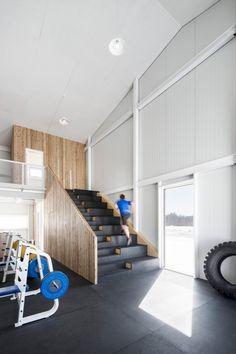 Le nouveau centre sportif La Taule, conçu par la firme d'architecture Microclimat, donne forme à la vision d'un ex-athlète olympique, en plus de participer