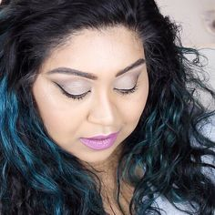 #bbloggers Caption this  I filmed this tutorial using the @urbandecaycosmetics Naked 2 palette and I need a title for it. Give me some suggestions down below please!  On another note head to my snapchat for a sneak peek of the giveaway I promised a while back. I've added to the collection  and it will be up in the next couple of days!  Nishi.V