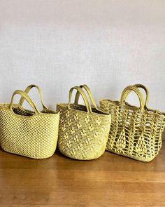 Macrame Bag, Crochet Handbags, Embroidery Hoop Art, Knitted Bags, Straw Bag, Knitting, Pattern, Design, Knitting And Crocheting