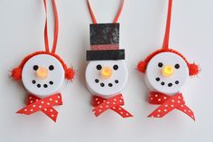These tealight snowman ornaments are really easy to craft and look adorable … - Christmas Deco Christmas Crafts For Kids To Make, Dollar Store Christmas, Diy Christmas Ornaments, Holiday Crafts, Christmas Decorations, Homemade Christmas, Christmas Holidays, Christmas Ideas, Tea Light Snowman