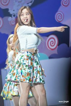 180617 Twiceland Fantasy Park in Singapore Nayeon, Kpop Girl Groups, Korean Girl Groups, Kpop Girls, Korean Beauty, Asian Beauty, Asian Woman, Asian Girl, I Fancy You