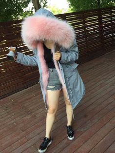 Fashion Design Elegant Comfortable Natural Fur Coat winter parka for girls Girls Fashion Clothes, Girl Outfits, Casual Outfits, Cute Outfits, Fashion Outfits, Clothes For Women, Quirky Fashion, Fur Fashion, Teen Fashion