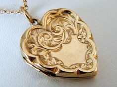 Circa+1900+9Ct.+Antique+Locket++Rose+Gold+by+AntiqueLockets,+$400.00
