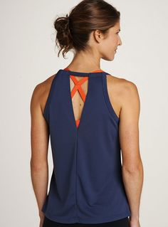 our favorite way to style: pop a colored sports bra underneath :: vertical drop tank. [oiselle]