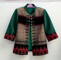 Batik Blazer, Blouse Batik, Batik Dress, Big Size Fashion, Batik Kebaya, African Blouses, Batik Fashion, Ethnic Chic, Thai Style