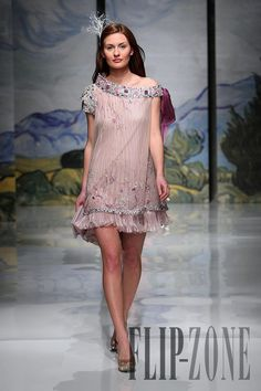 Hanna Touma Spring-summer 2009 - Couture - http://www.flip-zone.com/fashion/couture-1/fashion-houses/hanna-touma-907