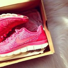 Nike Pink Glitter Shoes. Might I just leave it at that! GORG <3
