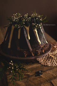 Bundt Cake de moras y chocolate blanco - Bake-Street.com