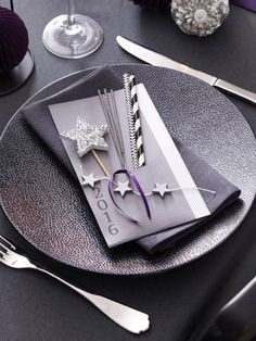 new year 39 s place setting stuff we love christmas new years eve new years party