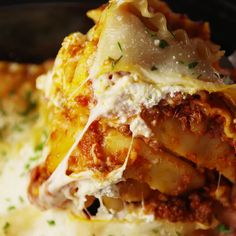 A classic lasagna made easy. #food #lunch #dinner #kids #comfortfood #familydinner #easyrecipe #recipe #inspiration #home