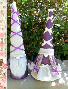 Couple of principles gnomes doorstop gnomes Shabby-chic
