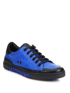 MOSCHINO Low-Top Logo Sole Sneakers. #moschino #shoes #sneakers