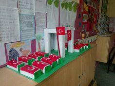 Çanakkale Advent Calendar, Mart, Classroom, Holiday Decor, Diy, Home Decor, Class Room, Decoration Home, Bricolage