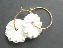 porcelænssmykke smykke ørering creol blomst porcelæn fru brahe anette friis brahe