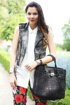 chloe chloe bags - hobo bags | Halle Berry Carrying MK Totem Hobo Bag | UpscaleHype ...