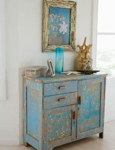 meubles vintage DIY: commode peinte et traitée avec papier de verre