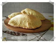 CALZONI DI RICOTTA E MOZZARELLA fragolaelettrica.com Le ricette di Ennio Zaccariello #Ricetta
