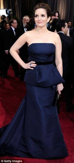 Tina Fey in Carolina Herrera gown, Roger Vivier clutch, and Bvlgari jewels at the 2012 Oscars, February 2012
