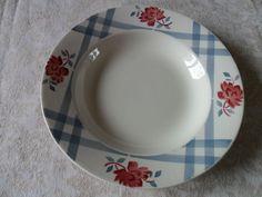 ancienne assiette plate Digoin Sarreguemines service Nicole rose fleur