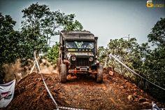 Mahindra Jeep CJ500 4x4 extreme off road action @ Cheruvadi