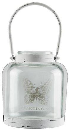 Laterne in Weiß - ein hübscher Blickfang im Vintage-Stil
