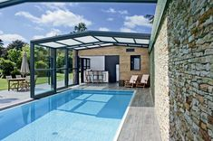 Discover recipes, home ideas, style inspiration and other ideas to try. Swiming Pool, Indoor Swimming Pools, Swimming Pool Designs, Small Terrace, Small Backyard Pools, Outdoor Pool, Outdoor Patios, Outdoor Spaces, Outdoor Living