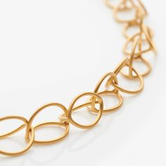 Lily Chain | Contemporary Necklaces / Pendants by contemporary jewellery designer Sarah Straussberg