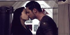 Vote for Jay Ryan and Kristin Kreuk! because they are amazing actors who still arivent to make us dream in this cruel world!(◡‿◡ღ)here is the. Jay Ryan, Big Love, Cute Love, Film Su, Vincent Keller, Catherine Chandler, Vincent And Catherine, Beauty And The Best, Kristin Kreuk
