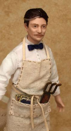 Miniature Dollhouse Doll/Gardener