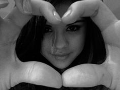 selena gomez funny photos | really funny pictures: Selena gomez funny pictures
