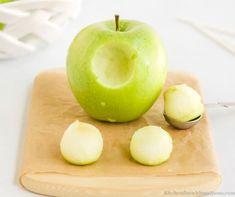 Mini Carmel Apples, Mini Candy Apples, Caramel Apples, Caramel Apple Bites, Caramel Bits, Apple Ice Cream, Apple Pizza, Mini Apple, Apple Recipes