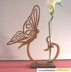 DARLING BUD HOLDER FOR YOUR CHILD'S FLOWERS SHE/HE PICKS DURING YOUR WALK AROUND THE TOWN - QulaQuest************ auxrefletsdubois - Soliflores : CmonSite