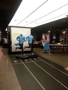 race paths take you to the store? Nike Store London – March 2013